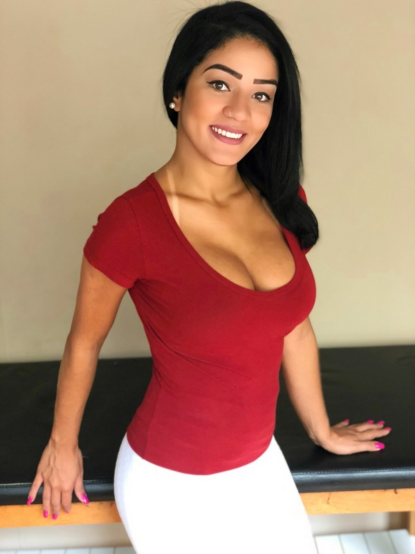 Mayara Le | Terapeutas