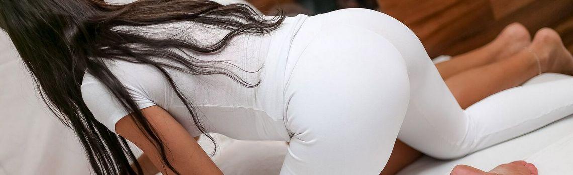 Mayra Bel   Massagistas