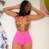 Camila Euro | Massagistas