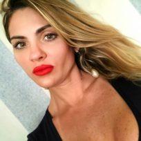 Priscila Blue | Terapeutas
