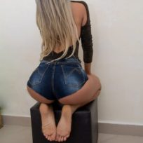 Priscila Euro | Massagistas