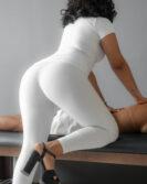 Lara Empório | Massagistas