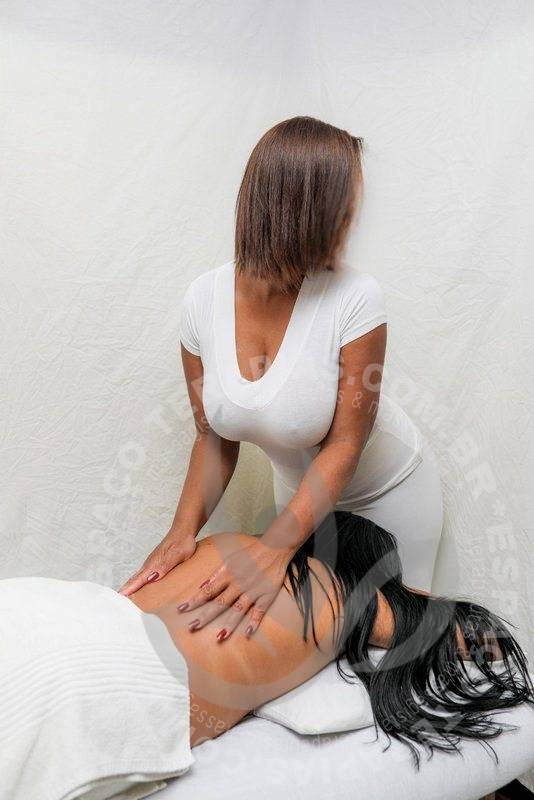 Cristal Bel | Massagistas