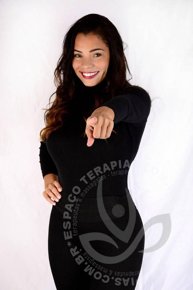 Adriana Linares | Terapeutas