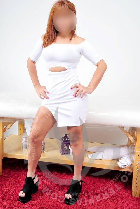 Ariela Delirio | Massagistas