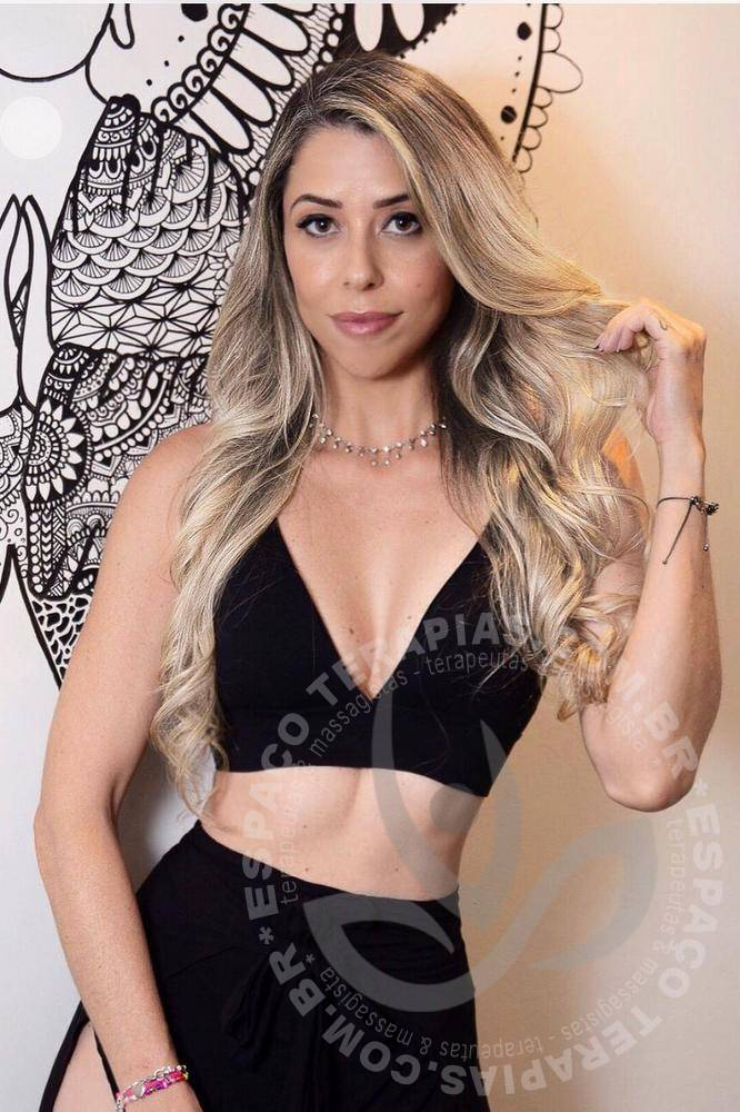 Carolina RJ | Terapeutas