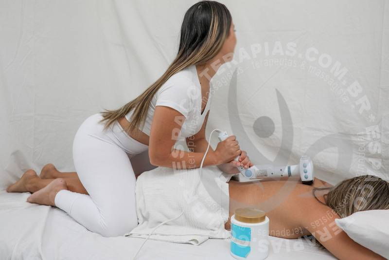 Laura Bel | Massagistas