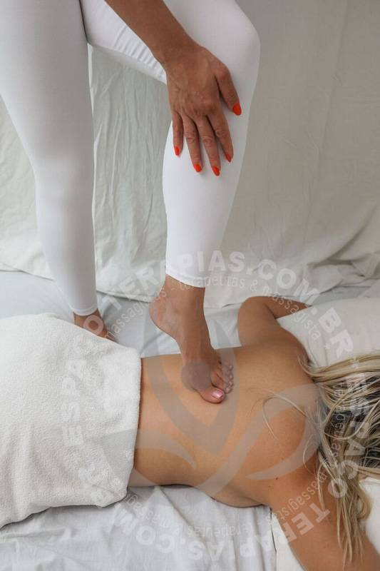 Karen Emporio | Massagistas