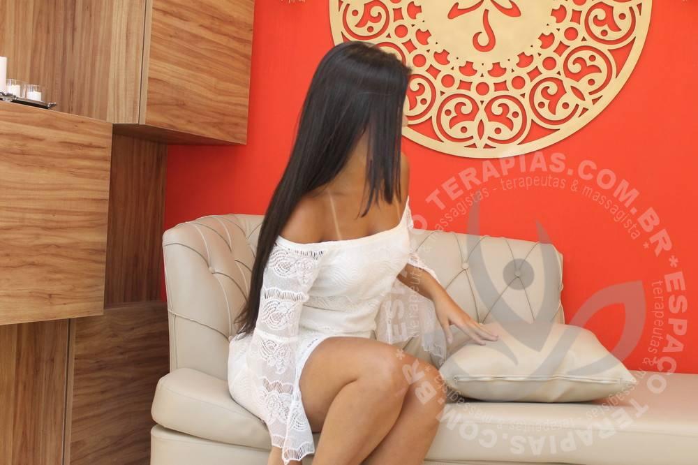 Nicole Alternativa | Massagistas