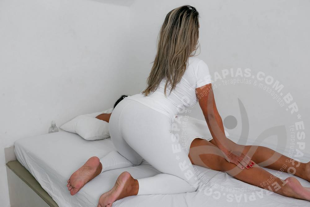 Vitoria Tijuca   Massagistas