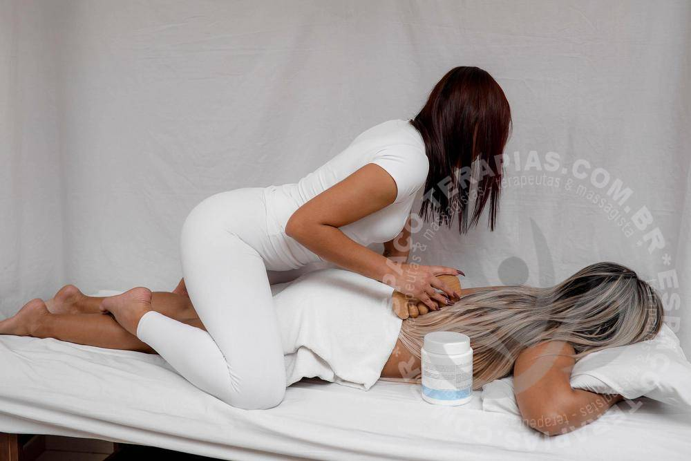 Paula Bel | Massagistas