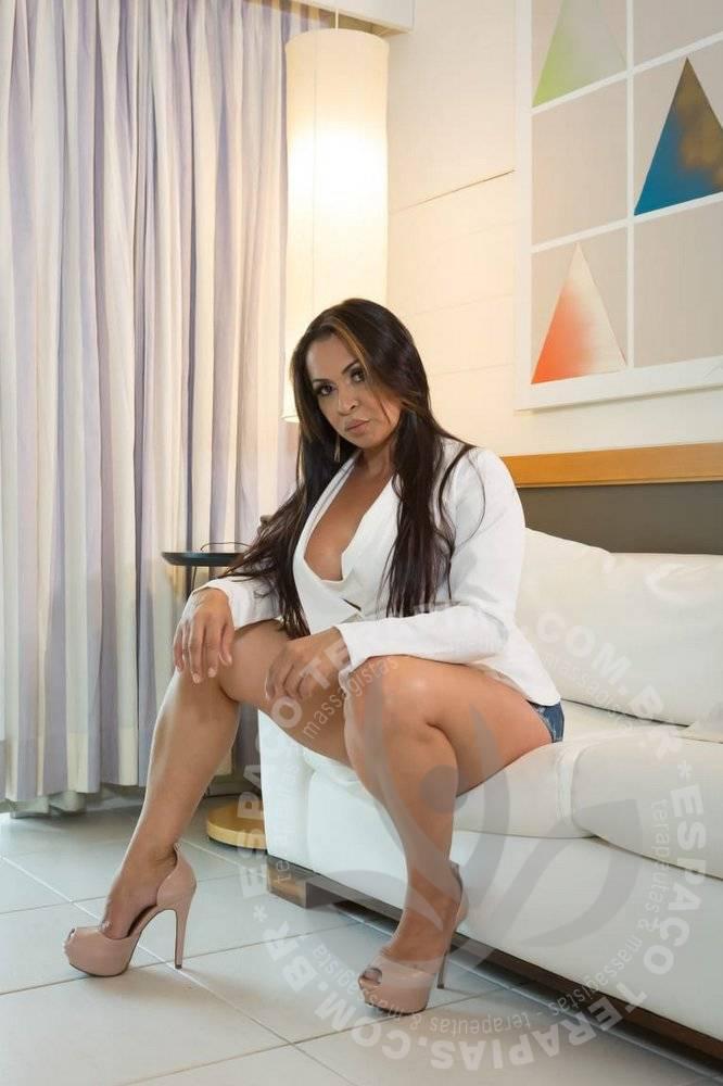 Yara Barra | Terapeutas