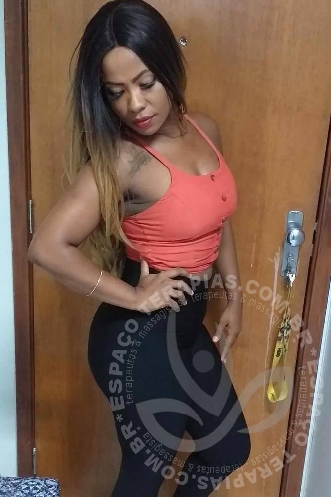Daniela D'arc  Massoterapia & Estética   Terapeutas