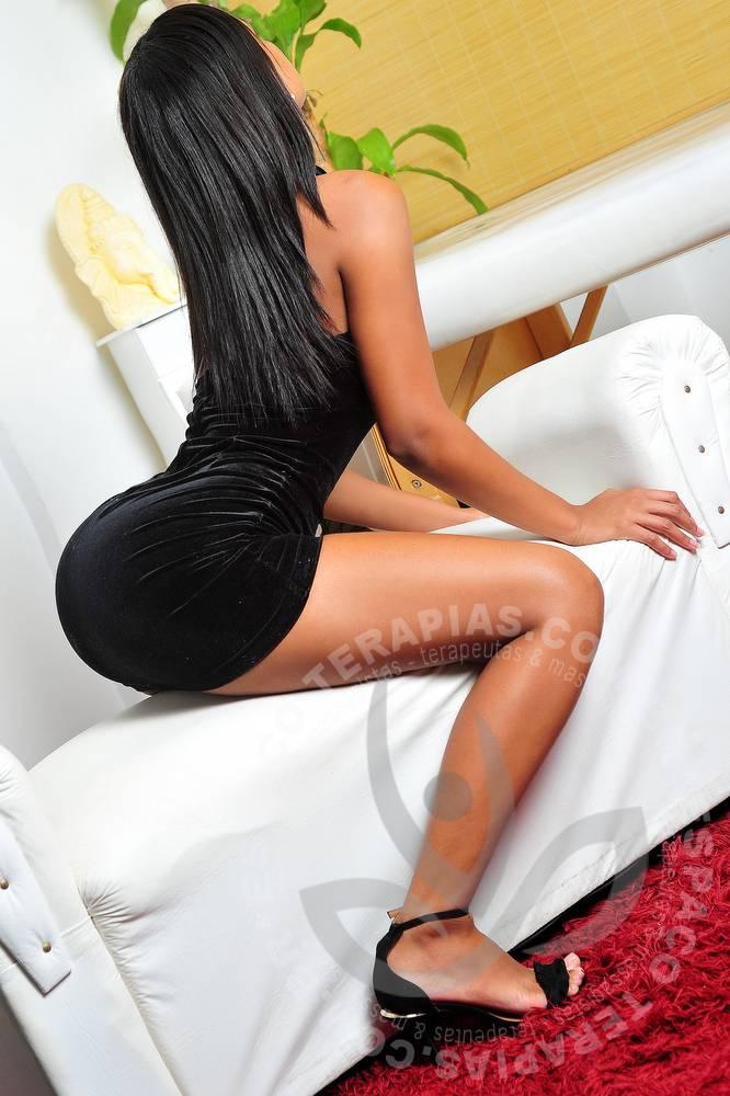 Nicole Lolitas   Massagistas