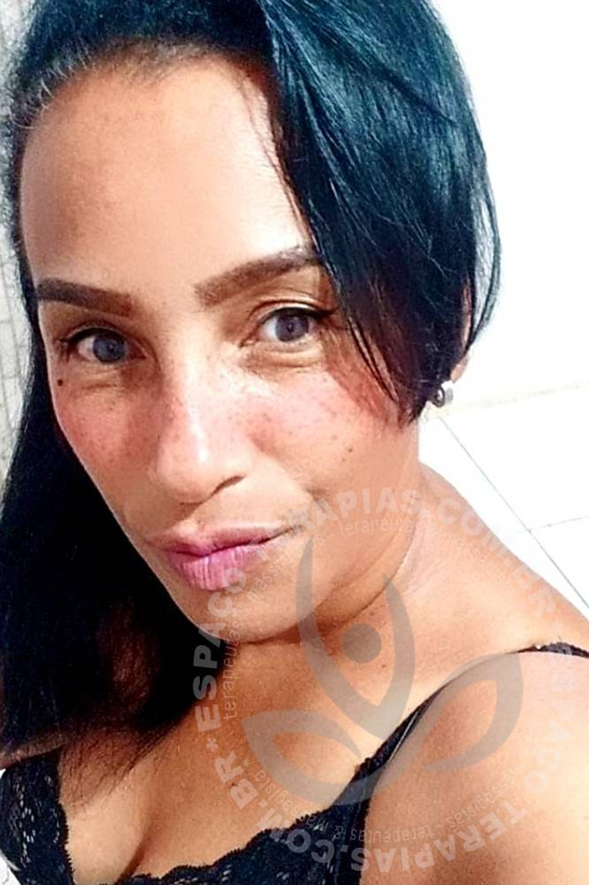 Lizza Santos   Terapeutas