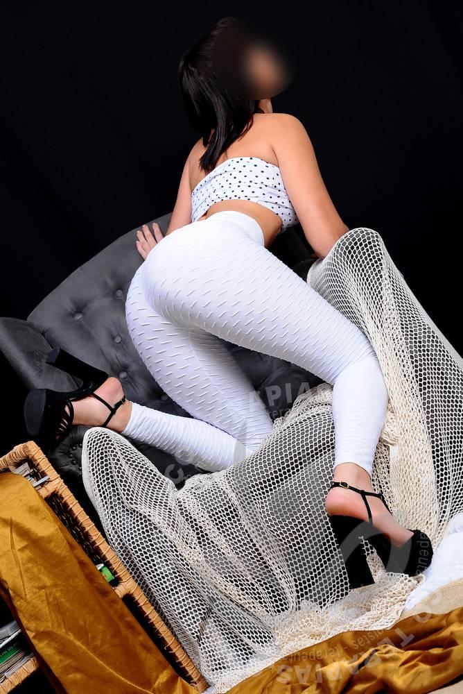 Renata Eden | Massagistas
